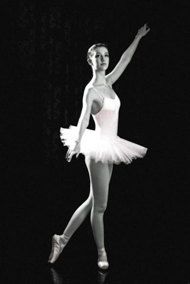 _Ballerina-Mono-and-pink-1-